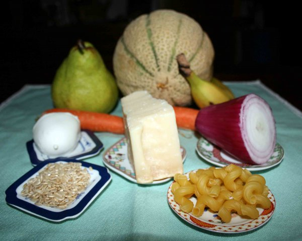 pasta verdura frutta formaggio