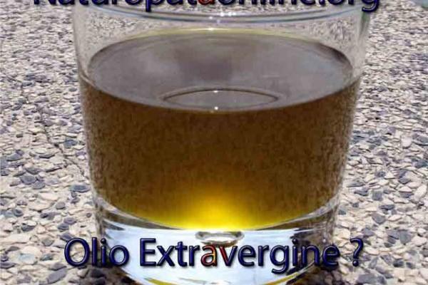 olio oliva bicchiere