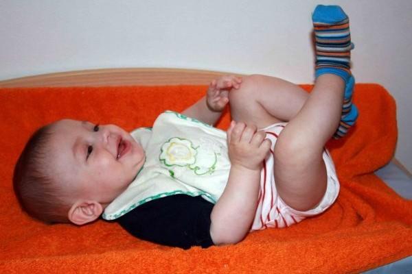 Bambino asciugamano ride