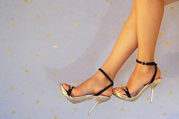 gambe donna scarpe