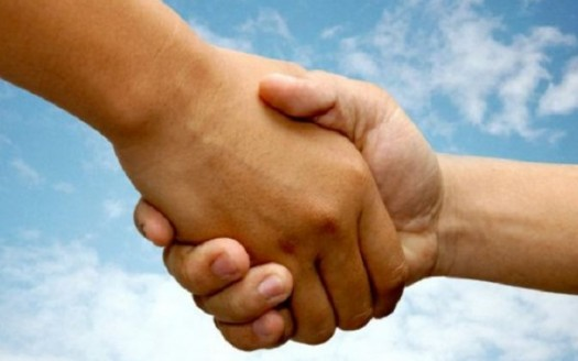 stretta mani