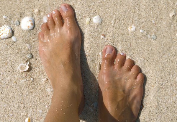 piedi nudi barefoot