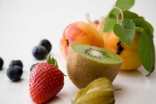 images_Foto_Articoli_alimentazione_frutta_verdura_centrifugati_nutrienti_benessere_naturopataonline