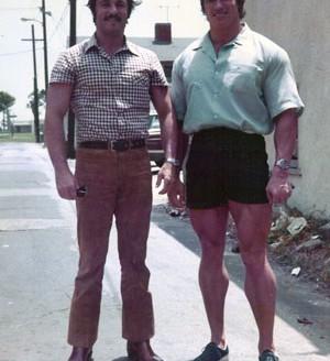 Arnold-swarzenegger-robeto-mazzoli