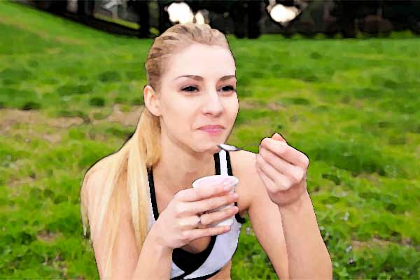 atleta-donna-yogurt