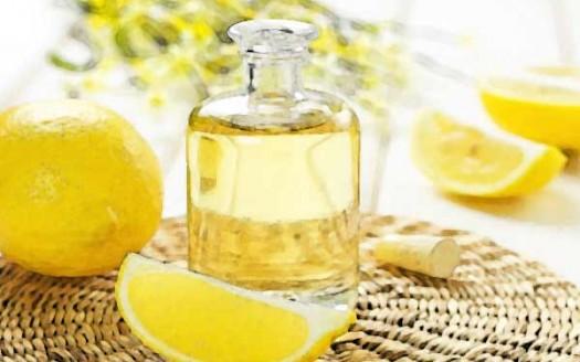 olio-essenziale-limone-boccetta