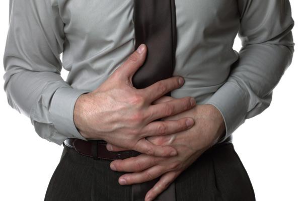 reflusso-gastroefageo-sintomi-cause-cosa-non-mangiare