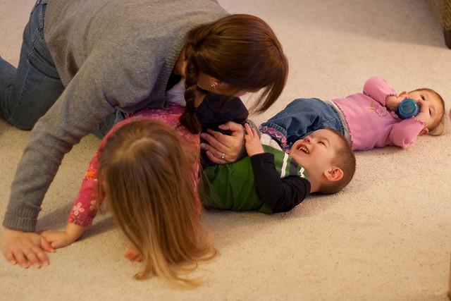 Oli_essenziali_per_bambini_e_aromaterapia