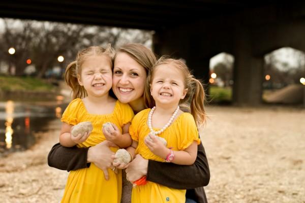 Madre con figlie