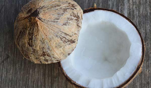 Persona e benessere  cocco1 Olio di cocco..