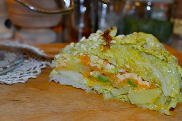 Torta di verza con zucca mandorle e anacardi