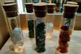 come-energizzare-acqua-con-i-cristalli